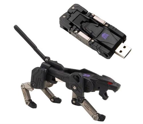Transforming USB Flash Memory (2 GB) - Ravage
