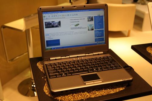 Commodore UMMD 8010%2FF Netbook